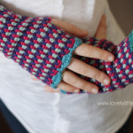 wrist warmers & fingerless gloves