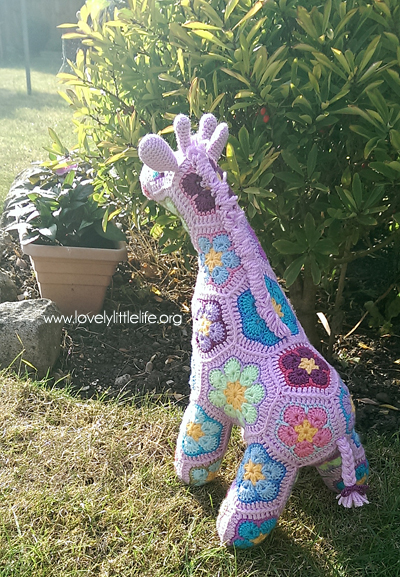 purple giraffe 3