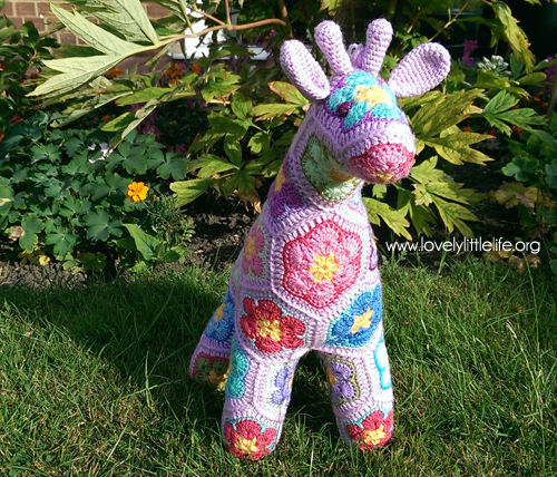 purple giraffe 4