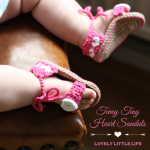 Teeny Tiny Heart Sandals {Crochet Pattern}